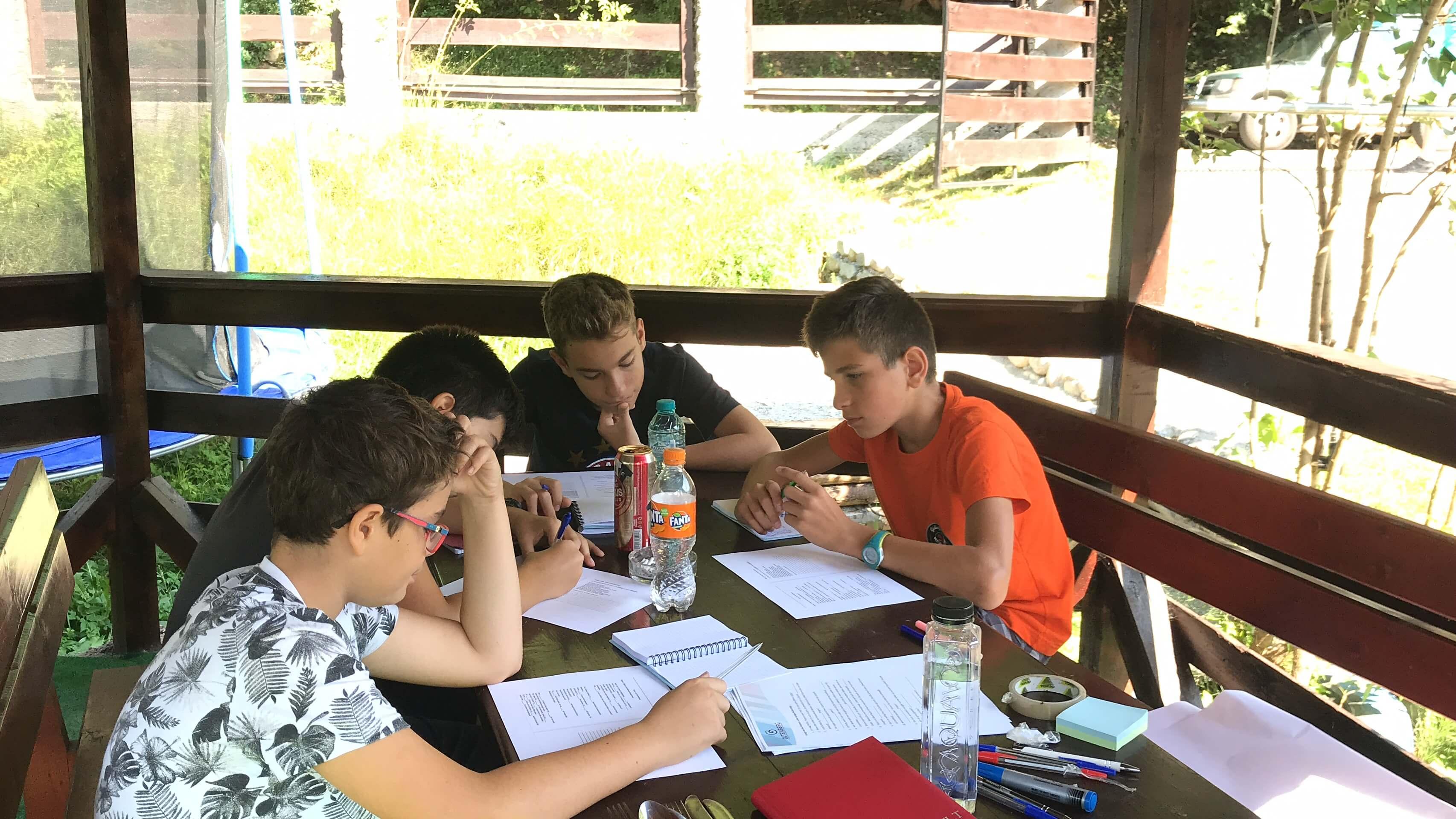 Tabere gutenberg pentru elevi de gimnaziu